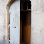 En dörr på glänt